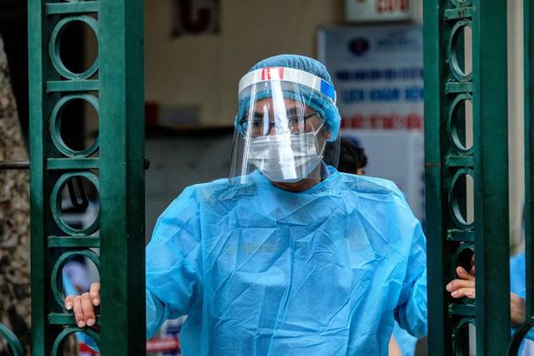 Nữ sinh 19 tuổi là ca dương tính mới tại Bệnh viện K - Ảnh 1.