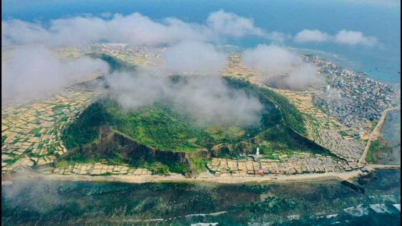 Quảng Ngãi đề xuất xây sân bay ở đảo Lý Sơn - Ảnh 1.