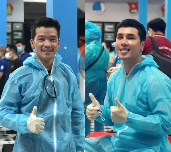 Peter Phạm, Quỳnh Hoa, Quốc Bình... tình nguyện hỗ trợ xét nghiệm COVID-19 ở Gò Vấp - Ảnh 3.