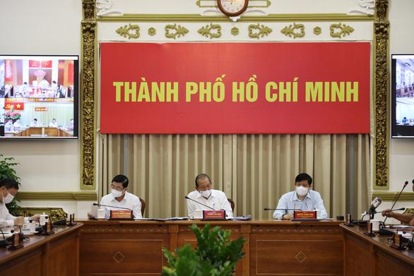 Bộ Nội vụ đề nghị TP.HCM tạm đình chỉ hoạt động của hội nhóm truyền giáo Phục Hưng - Ảnh 1.