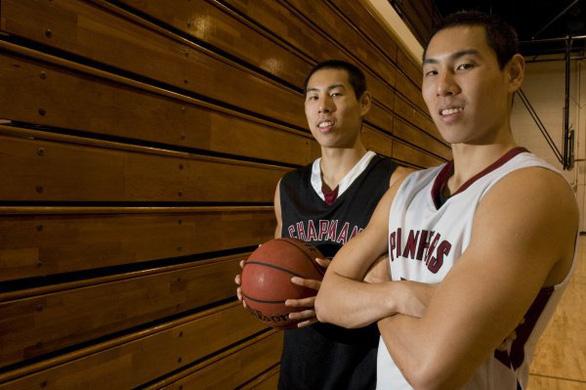 Người anh song sinh thế chỗ Justin Young ở Thang Long Warriors - Ảnh 1.