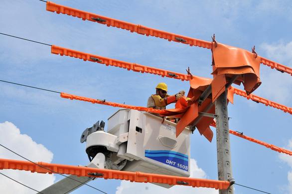 EVNSPC: Bảo đảm cấp điện phục vụ kỳ thi tốt nghiệp và tuyển sinh năm 2021 - Ảnh 1.
