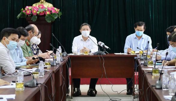 Phó chủ tịch UBND TP.HCM Dương Anh Đức: Gò Vấp phải có 2 hệ thống chốt chặn - Ảnh 1.