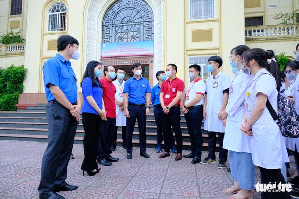 1.000 sinh viên y khoa TP.HCM tình nguyện tham gia chống dịch COVID-19 - Ảnh 4.