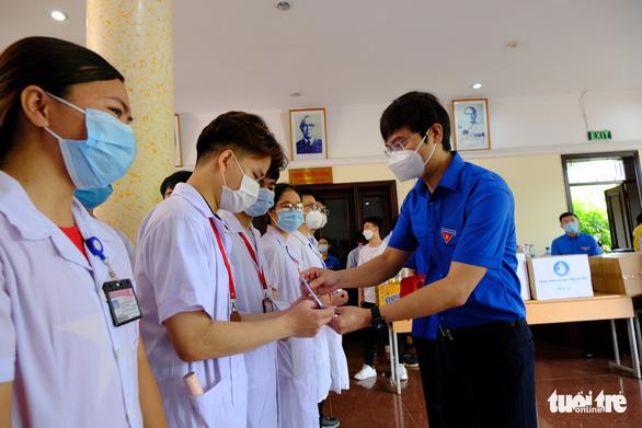 1.000 sinh viên y khoa TP.HCM tình nguyện tham gia chống dịch COVID-19 - Ảnh 5.
