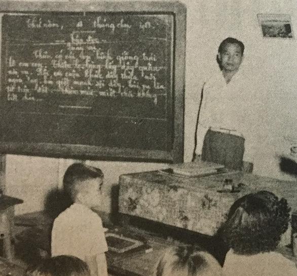 Sân trường kỷ niệm - Kỳ 7: Trường làng trong phố - Ảnh 1.