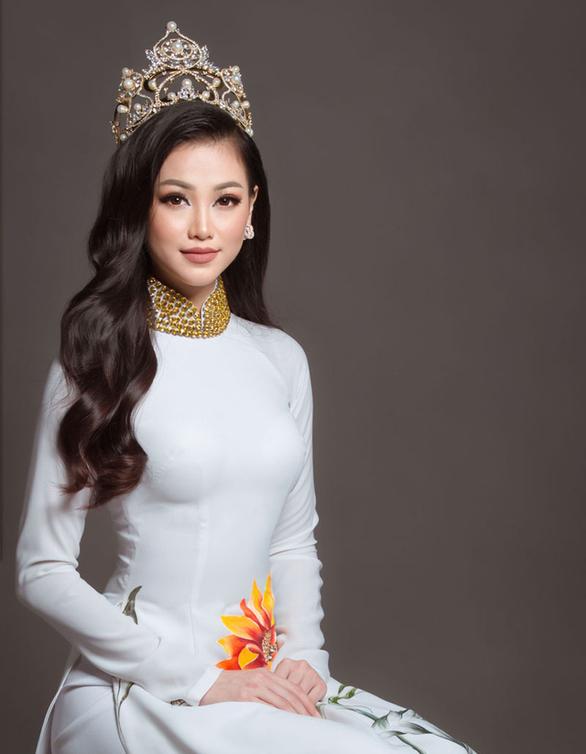 Sao Việt khoe hình 'khi xưa ta bé', Quyền Linh lên tiếng về việc quảng cáo thuốc - Ảnh 5.