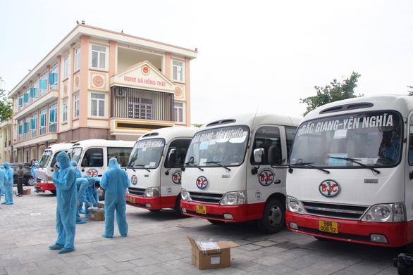 4.000 công nhân từ Bắc Giang sẽ cách ly tập trung ở Lạng Sơn - Ảnh 1.