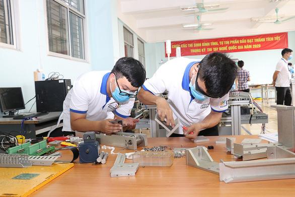 Các trường nghề không tăng học phí trong năm học 2021 - 2022 - Ảnh 1.