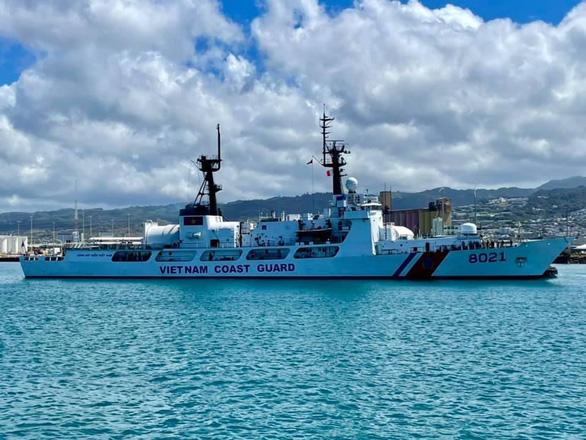 Tàu cảnh sát biển Mỹ chuyển giao cho Việt Nam đã tới Hawaii - Ảnh 1.