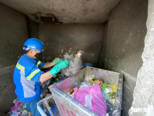 Bị nợ lương, công nhân môi trường cay đắng vay nợ, lượm ve chai sống qua ngày - Ảnh 6.