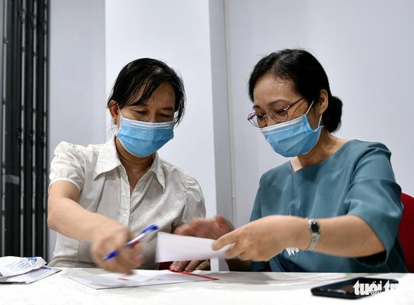 Từ viện dưỡng lão vẫn nhờ Hội phụ nữ gửi 500.000 đồng ủng hộ Quỹ vắc xin COVID-19 - Ảnh 2.