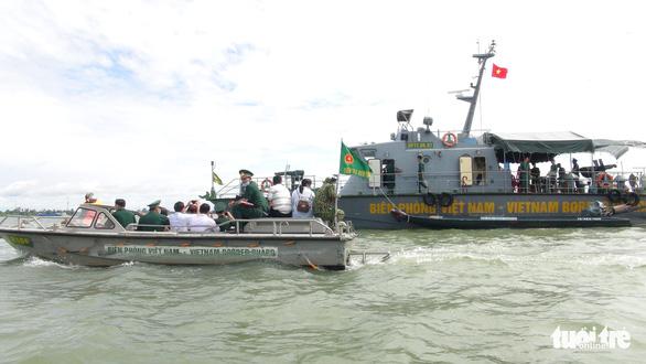An Giang được 'chi viện' 2 tàu hiện đại để ngăn chặn nhập cảnh trái phép trên sông Tiền - Ảnh 1.