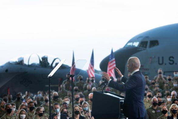 Màn ra mắt của ông Biden - Ảnh 1.