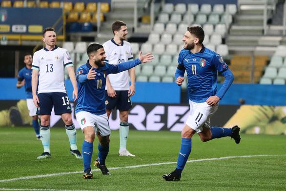 Sắc thiên thanh mở màn Euro 2020 - Ảnh 1.