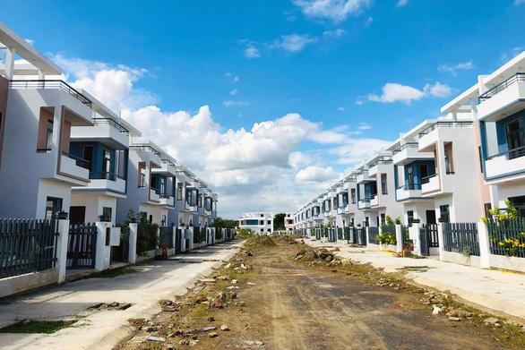 Thanh tra toàn diện dự án xây dựng 488 căn nhà trái phép tại Đồng Nai - Ảnh 1.