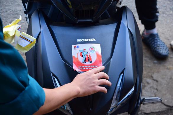 Quy tắc 5K cho tài xế xe ôm, shipper công nghệ để phòng chống dịch - Ảnh 8.