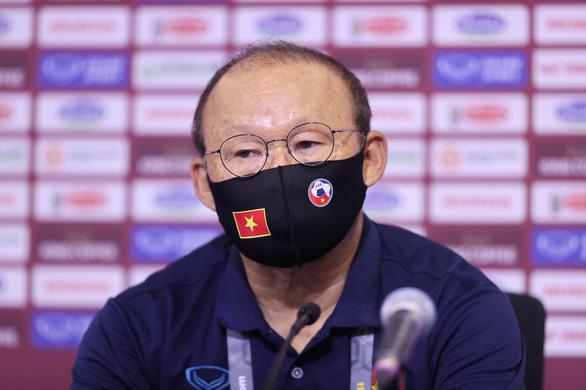 HLV Park: Việt Nam sẽ giữ được chiến thuật để thắng UAE - Ảnh 1.
