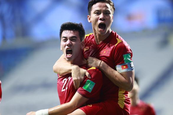 Tuyển Việt Nam giành 3 điểm quý giá trước Malaysia - Ảnh 1.