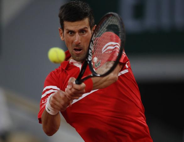Đánh bại Nadal trên sân đất nện, Djokovic vào chung kết Roland Garros - Ảnh 1.