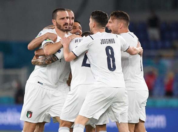 Tuyển Ý thắng đậm Thổ Nhĩ Kỳ trong ngày khai mạc Euro 2020 - Ảnh 1.