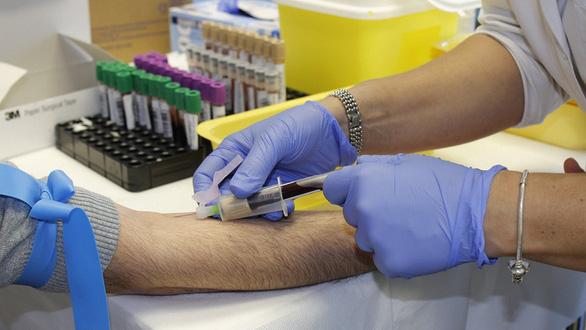Làm thế nào biết có kháng thể sau khi tiêm vắc xin COVID-19? - Ảnh 1.