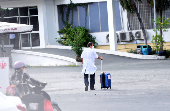 Giám đốc Bệnh viện Bệnh Nhiệt đới TP.HCM: Điều tôi lo lắng nhất rất may đã không xảy ra - Ảnh 4.