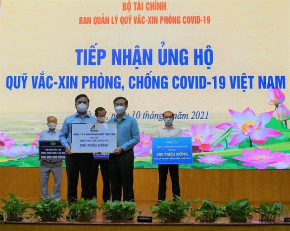 Công ty TNHH Phân Phối Tiên Tiến ủng hộ 500 triệu đồng Quỹ vaccine phòng chống COVID-19 - Ảnh 1.