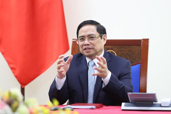 Thủ tướng Việt Nam, Pháp điện đàm về vắc xin COVID-19, Biển Đông - Ảnh 1.