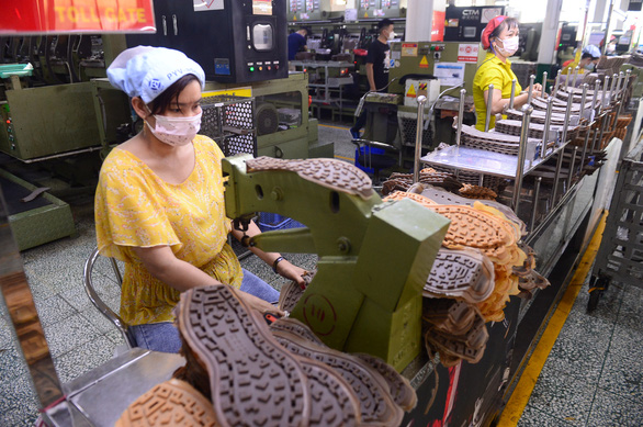 TP.HCM hối thúc doanh nghiệp gửi danh sách người lao động nhận hỗ trợ gói 887 tỉ - Ảnh 1.
