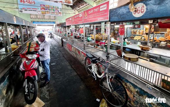 TP.HCM: Đề xuất hỗ trợ tiểu thương chợ truyền thống 76 tỉ đồng - Ảnh 1.