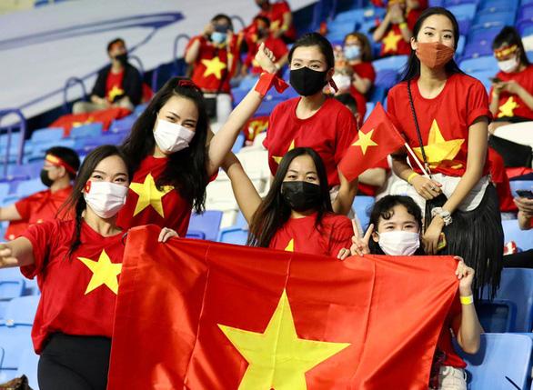 UAE khẳng định đã bán vé trận UAE - Việt Nam cho cổ động viên Việt Nam - Ảnh 1.