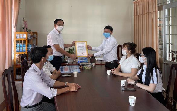 Doanh nghiệp đảo Phú Quốc góp gần 1 tỉ đồng vào quỹ vắc xin - Ảnh 1.