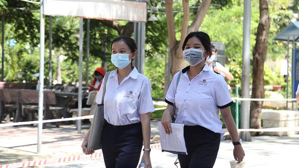 Thi vào lớp 10 ở Đà Nẵng: Nhắc nhở người trẻ về sự tử tế - Ảnh 1.
