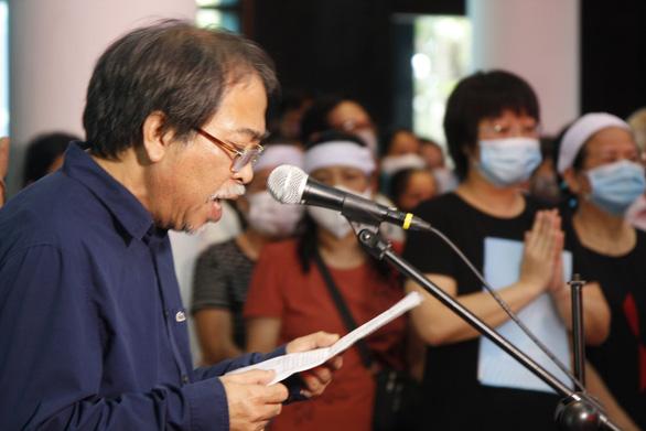 Văn giới, bạn đọc tiễn biệt 'nhà văn chân chính' Nguyễn Xuân Khánh - Ảnh 2.