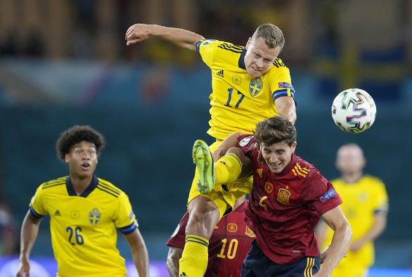 Đá bế tắc, Tây Ban Nha hòa nhạt nhòa Thụy Điển - Ảnh 1.