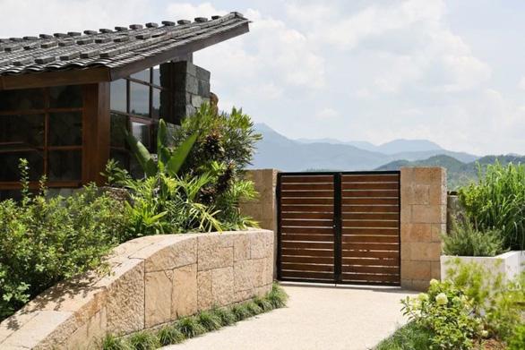 Bỏ phố về quê, đôi vợ chồng Trung Quốc cải tạo ngôi nhà đẹp như tranh - Ảnh 3.