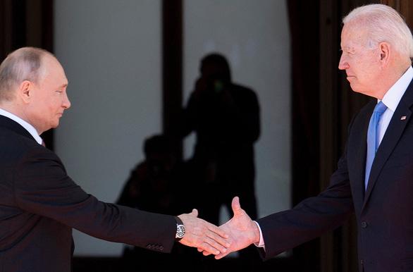 Ông Putin họp báo trước, ngay sau cuộc gặp thượng đỉnh Mỹ - Nga - Ảnh 1.