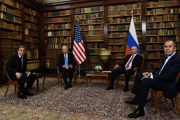 Tổng thống Putin và Biden bước vào hội đàm dài 5 tiếng - Ảnh 3.