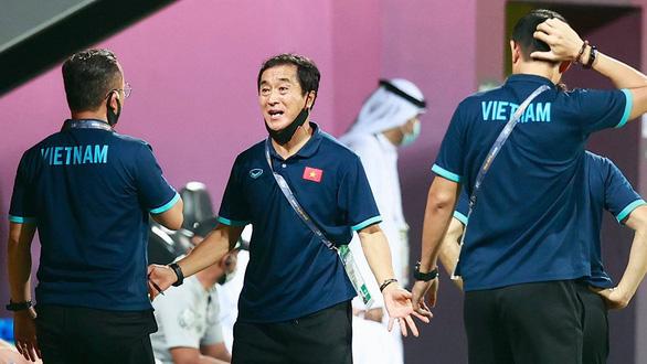 Việt Nam - UAE: 2-3: Ngày lịch sử của bóng đá Việt Nam - Ảnh 3.