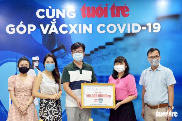 Nhãn hàng Black Rouge ủng hộ 100 triệu đồng góp vắc xin COVID-19 - Ảnh 4.