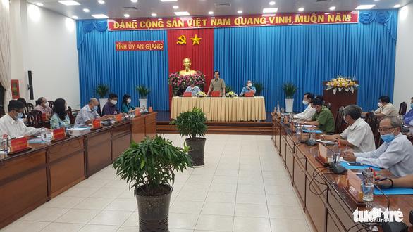 An Giang lo người gốc Việt tại Campuchia đổ về giữa dịch bệnh - Ảnh 1.