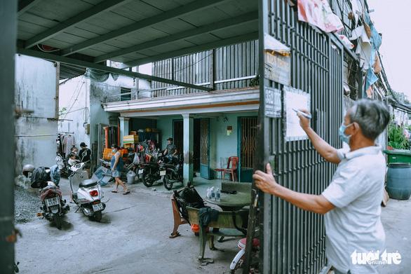 Người Sài Gòn giãn cách, không giãn lòng - Ảnh 3.