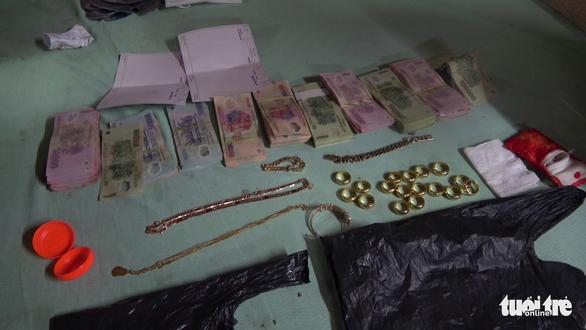 Con dâu trộm 680 triệu đồng của cha chồng rồi đóng giả làm khổ chủ - Ảnh 2.