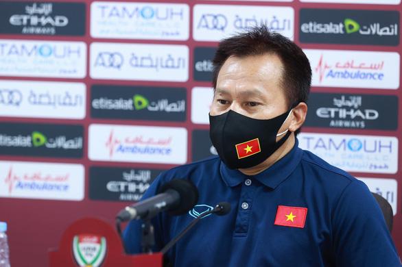 Trợ lý HLV Lư Đình Tuấn: 'Việt Nam giới thiệu với thế giới về tinh thần nỗ lực đến cùng - Ảnh 1.