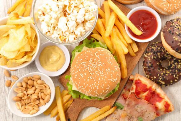 53% phụ huynh Việt Nam không biết con mình thừa cân, béo phì - Ảnh 2.