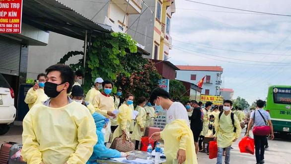 Bắc Giang bác tin 500 công nhân từ tỉnh này về Thái Nguyên trốn cách ly - Ảnh 1.