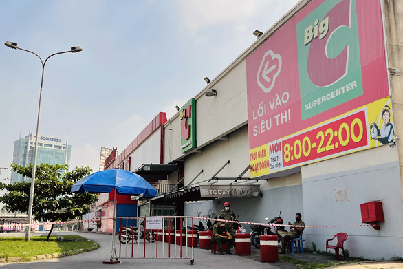 Hơn 500 nhân viên Big C Đồng Nai cách ly tại nhà, lấy mẫu xét nghiệm diện rộng - Ảnh 1.