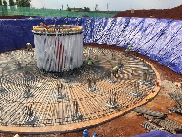 Các dự án điện gió thi công khi chưa đủ thủ tục gây bức xúc cho người dân - Ảnh 2.