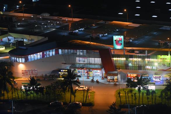 5h sáng 17-6, hỏa tốc cách ly siêu thị BigC Đồng Nai, Biên Hòa họp khẩn - Ảnh 1.